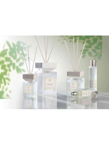 Locherber - Diffuser Fig and Rose of Tabriz 1000 ml | Stick Diffusers
